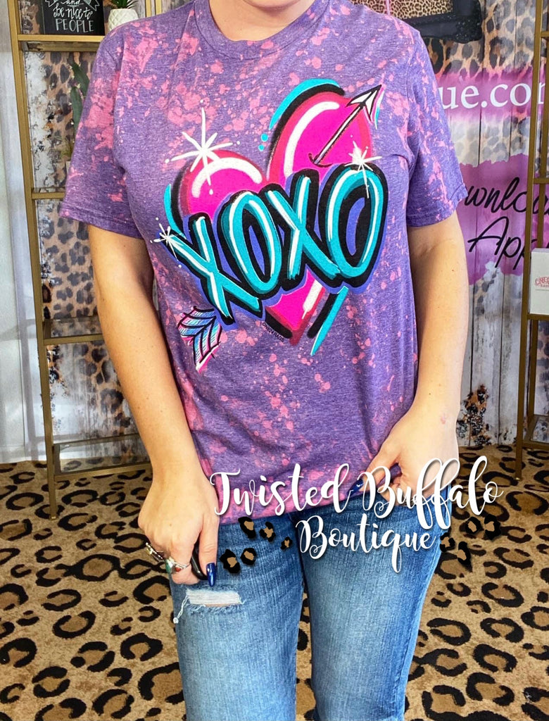 {AIRBRUSHED LOVE} XOXO Distressed Pink + Purple Crew Neck Tee