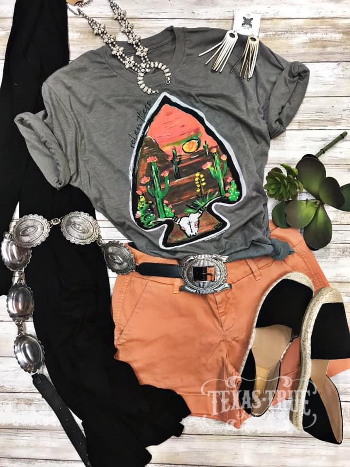 {RELENTLESS ARROWHEAD} Venetian Gray Crew Neck Tee