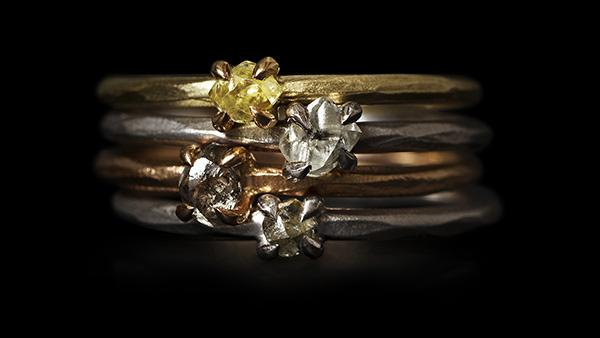 <strong>0.10-0.40 ct. </strong>Natural Rough diamonds in 14K gold, white gold and rose gold rings