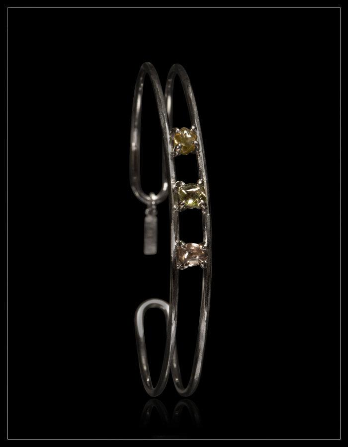 Rainbow Diamond White Gold Bangle - <strong>1.34 ct.</strong>