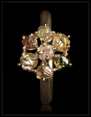 Elegant Flower Gold Ring - <strong>1.90 ct.</strong>