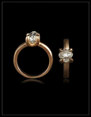 Beauty from Tanzania crafted in gold ring – <strong> 2.18 ct. </strong>