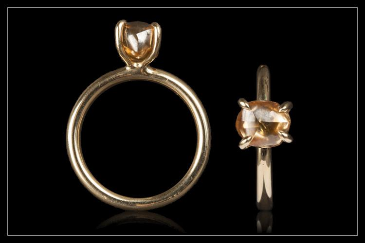 Natural Fancy Orange Brown Rough diamond in 14K handcrafted gold ring - <strong>2.90 ct.</strong>