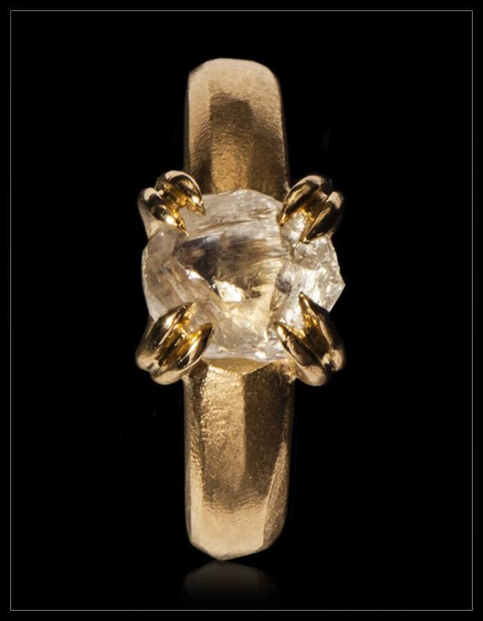 White Rock from Eden Gold Ring - <strong>3.65 ct.</strong>
