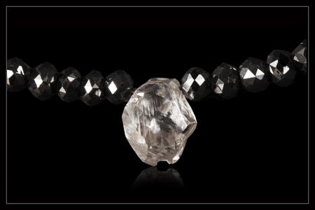White & Black Diamond Collier - <strong>1.50 ct. & 32.24 ct.</strong>