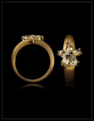 Natural Yellow Rough Diamonds & 0.07 ct. Black Rose Cut Diamond in 14K Handcrafted Gold Ring - <strong>1.67 ct.</strong>