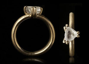 <strong>1.87 ct. </strong> Natural Triangle Rough diamond in 14K gold ring