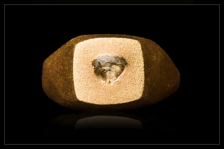 Rough Diamond Signet Ring - <strong>0.39 ct.</strong>