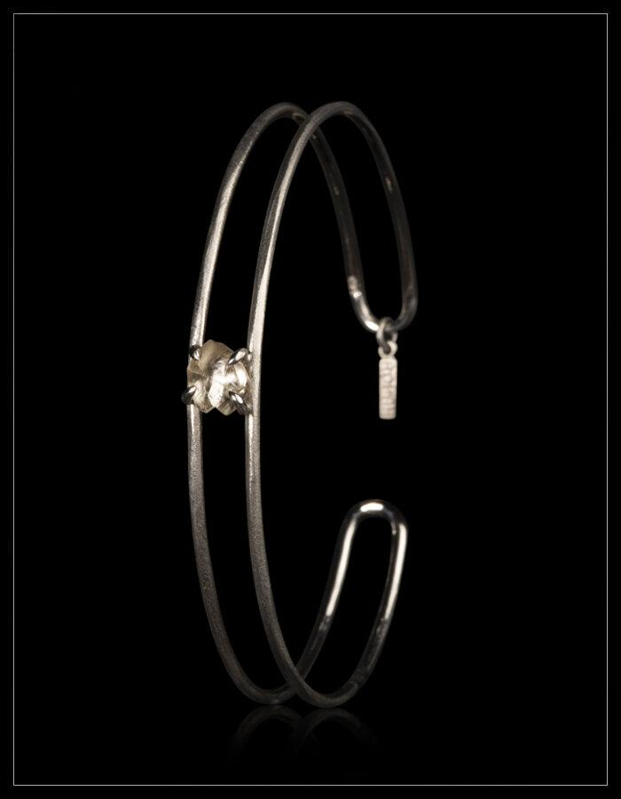 Lightning White Diamond White Gold Bangle - <strong>1.18 ct.</strong>