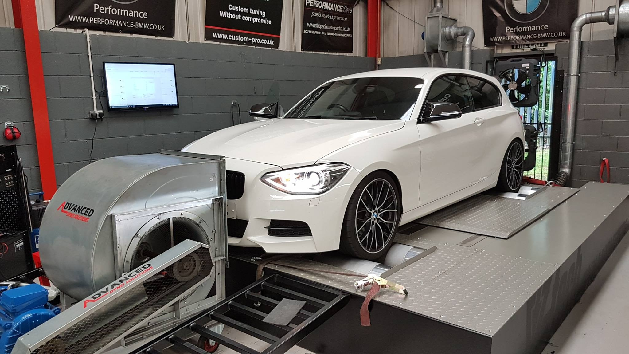 BMW M135i - Forge Chargepipe install and map 6 settings