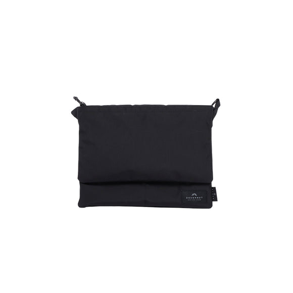 UNFETTERED BAG : BLACK