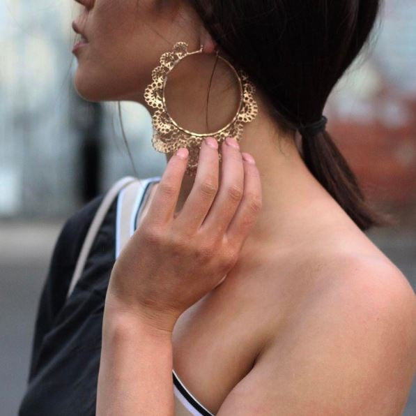 TREND ALERT: HOOP EARRINGS image