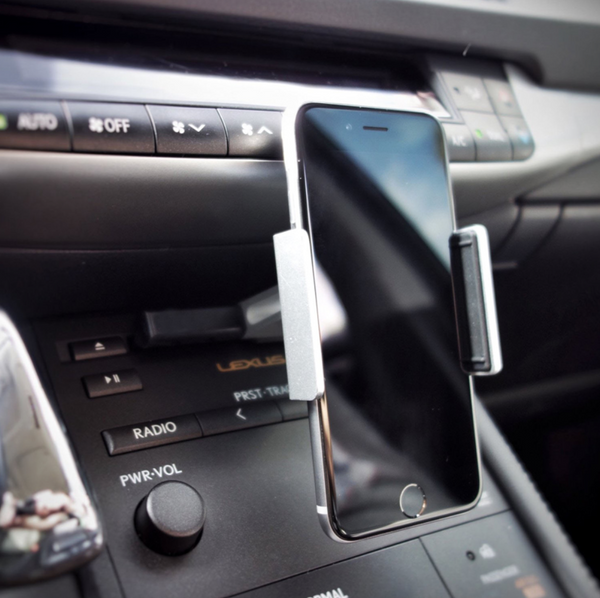 CD slot car mount holder for smartphones