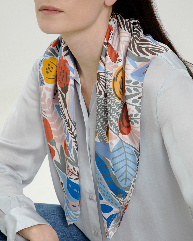 Bloom Scarf Silk (69cmx69cm)