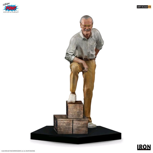 Stan Lee - 1:10 Scale Statue