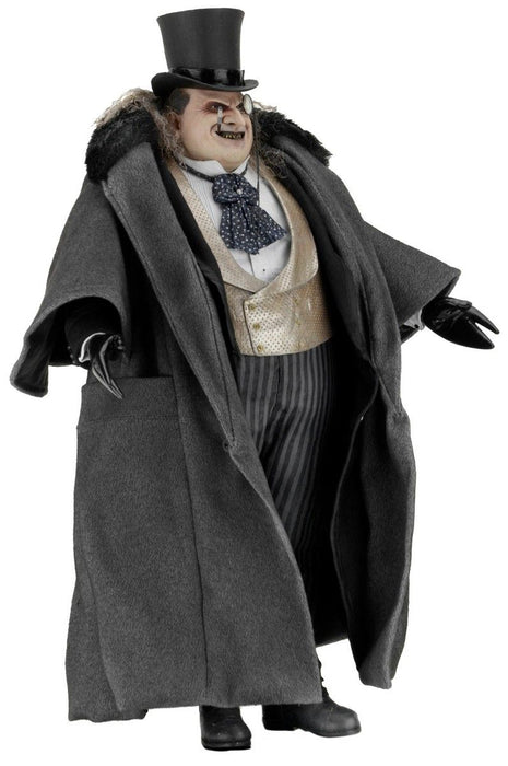 Batman Returns - Mayoral Penguin 1:4 Scale Figure on Ozzie Collectables