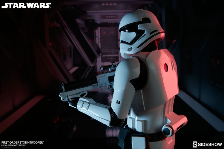 Star Wars - First Order Stormtrooper Premium Format 1:4 Scale Statue - Ozzie Collectables