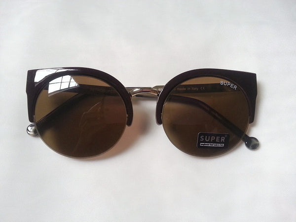 Vintage classy cats eye sunnies - Elizabeth Accessories, Sunnies, Shades, Sunglasses - Sunglasses and Eyeglasses