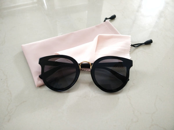 Classy touch up sunnies