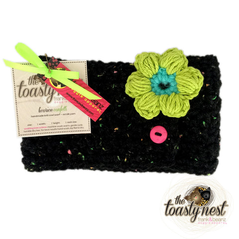 Toasty Nest Dog Scarf - Confetti Licorice