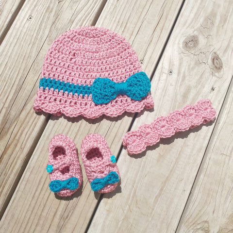 Crochet Baby Shower Gift Set Cap and Booties - #QtsyLife  Fashion and Planner Accessories - QtsyLife.com