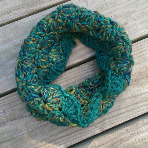 Cowl in Emerald and Peacock