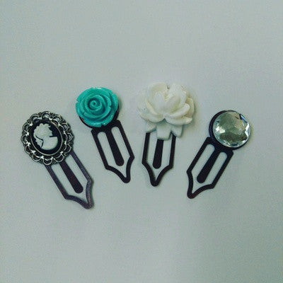 Handmade paper clip that can be used as planner clip, bookmark, for scrapbooking or memory boards. QtsyLife