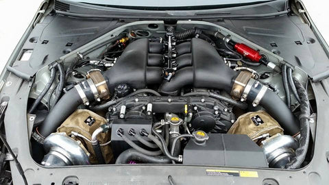 Enginebay shot of the ETS Super Silver Nissan GT-R, sporting twin Garrett turbos and Lava PTP Turbo Blankets