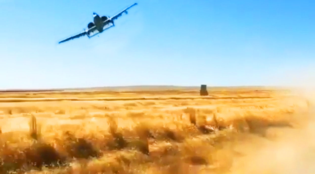 Warthog Songs   A-10 Pilot Makes A Nasty, Whining Bank Over A Convoy   Frontline Videos