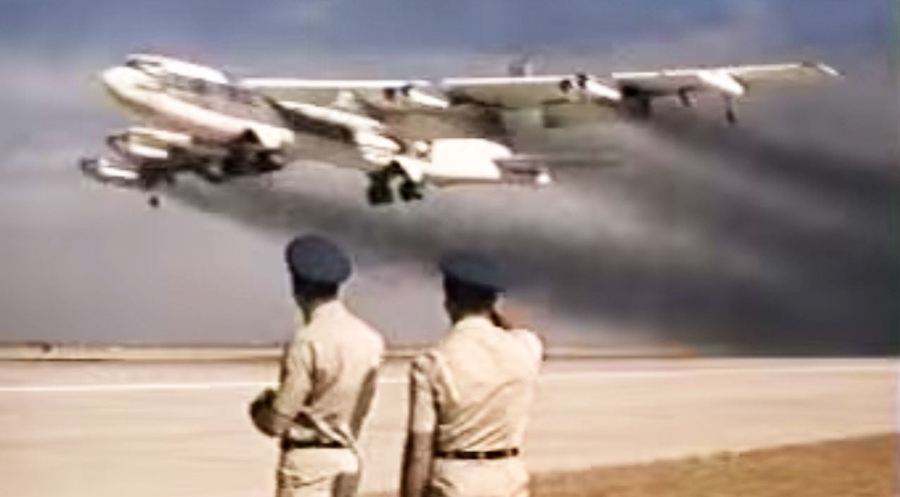 Takeoff Songs | 5 Old B-52s Take Off 14 Seconds Apart In This Smokey Video | Frontline Videos