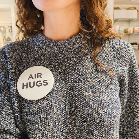 Oversized Air Hug Pin (Pack of 2)