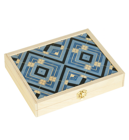 "Backgammon Travel Set in ""Sybil"""