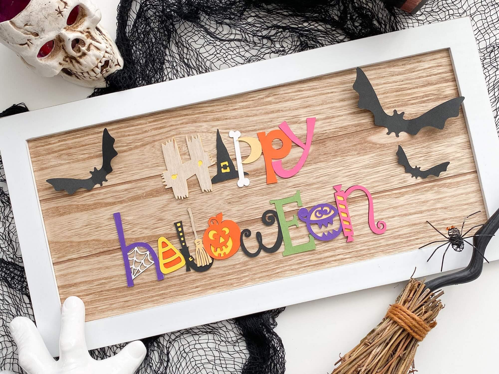 DIY Halloween Wall or Mantel Sign