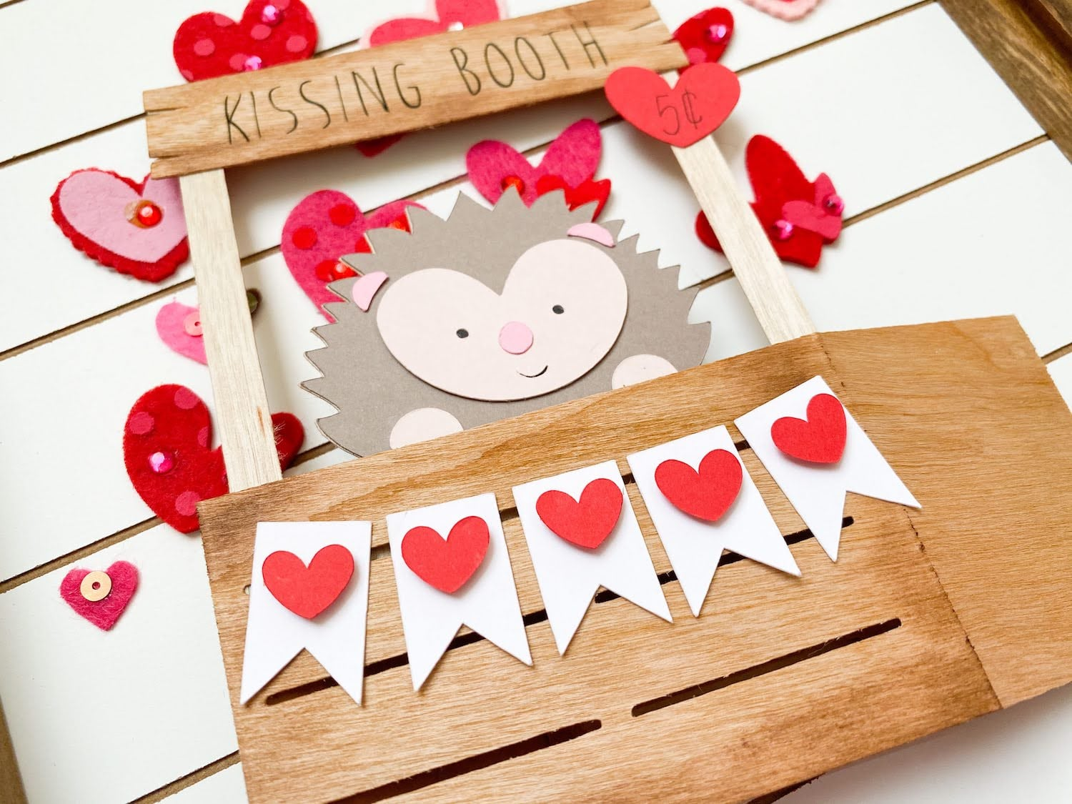 Hedgehog Kissing Booth Pop-Up Cards