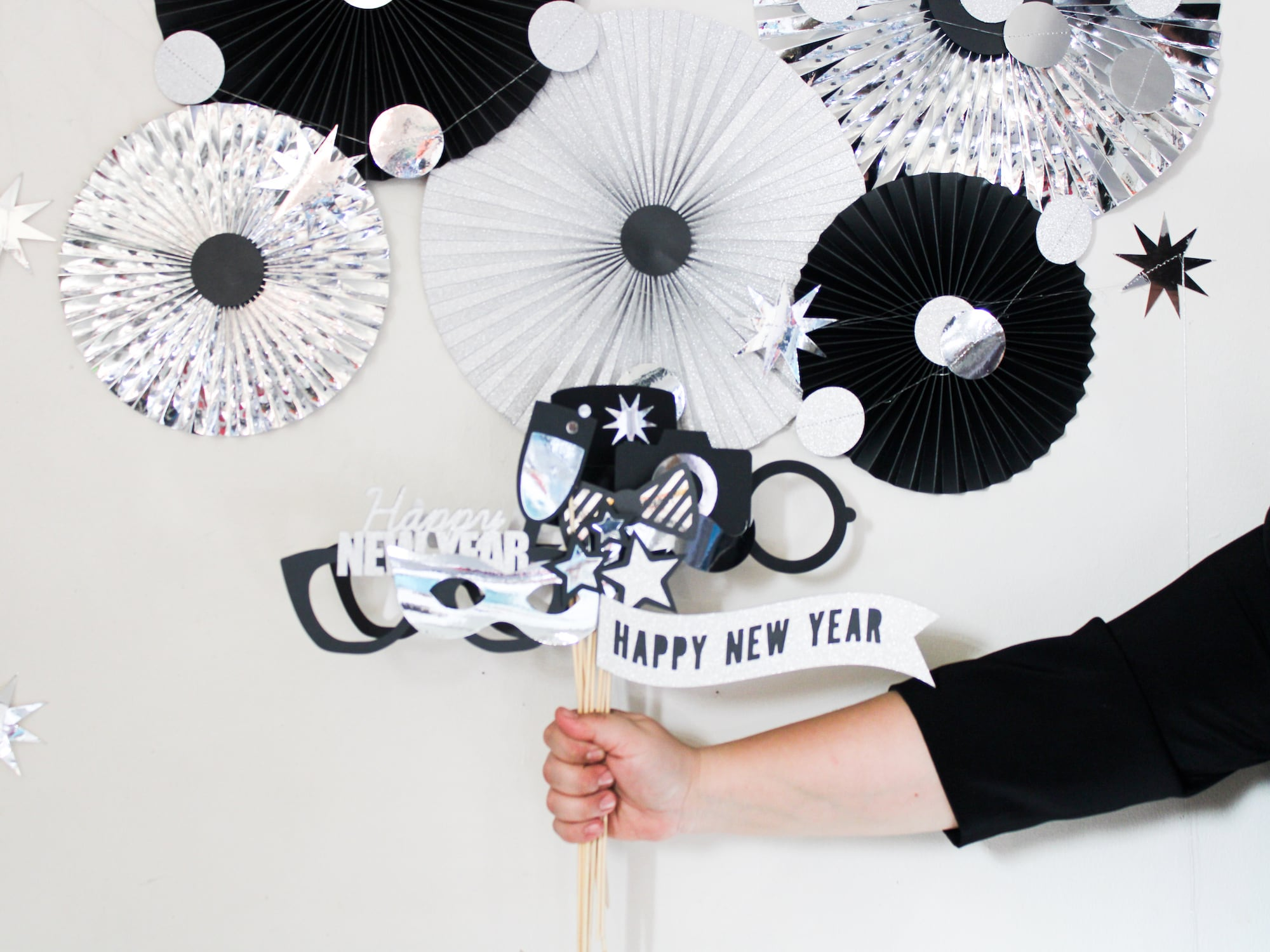 DIY New Year's Eve Photo Booth With Props