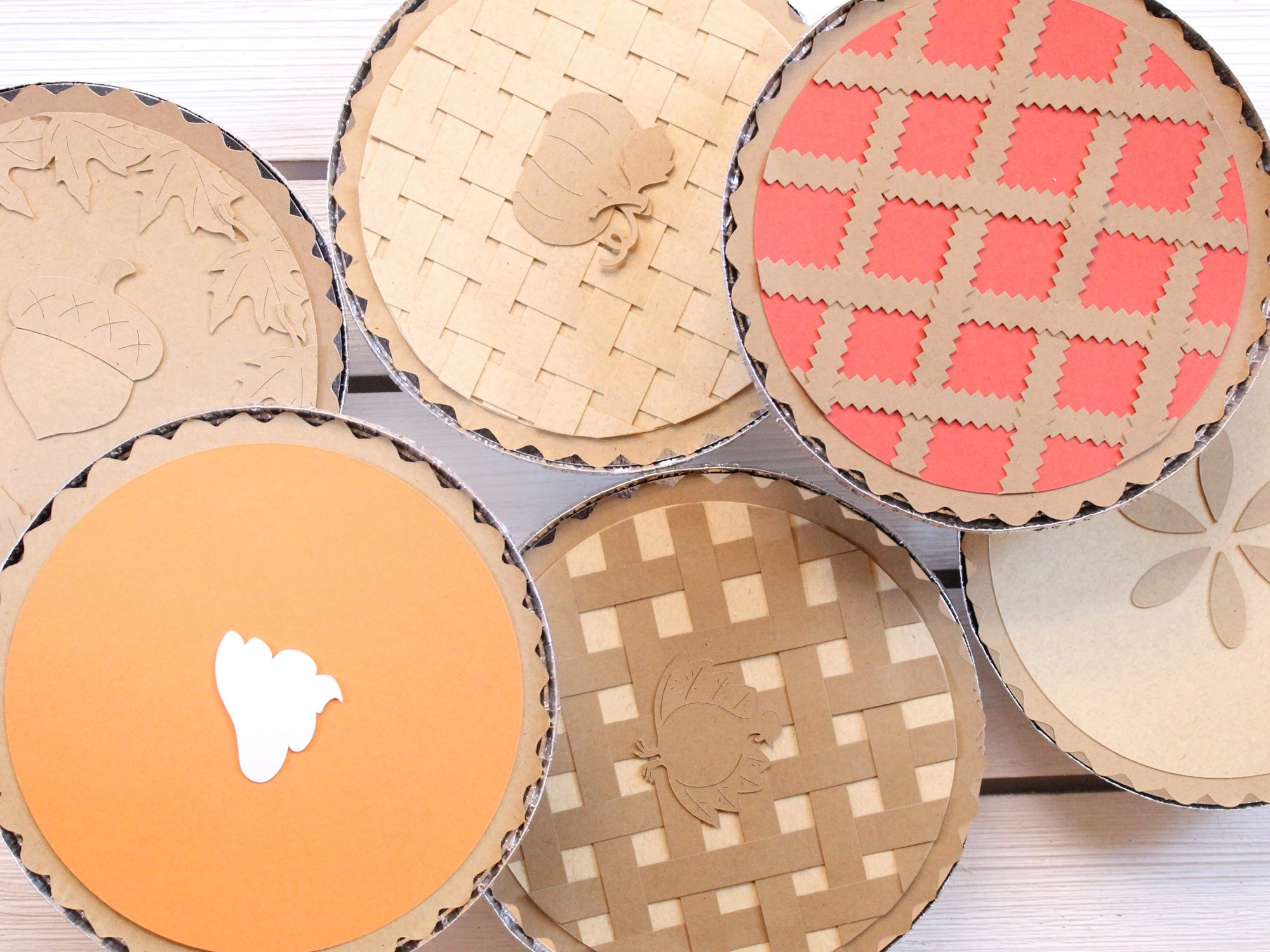 DIY Paper Pie Thanksgiving Leftover Containers