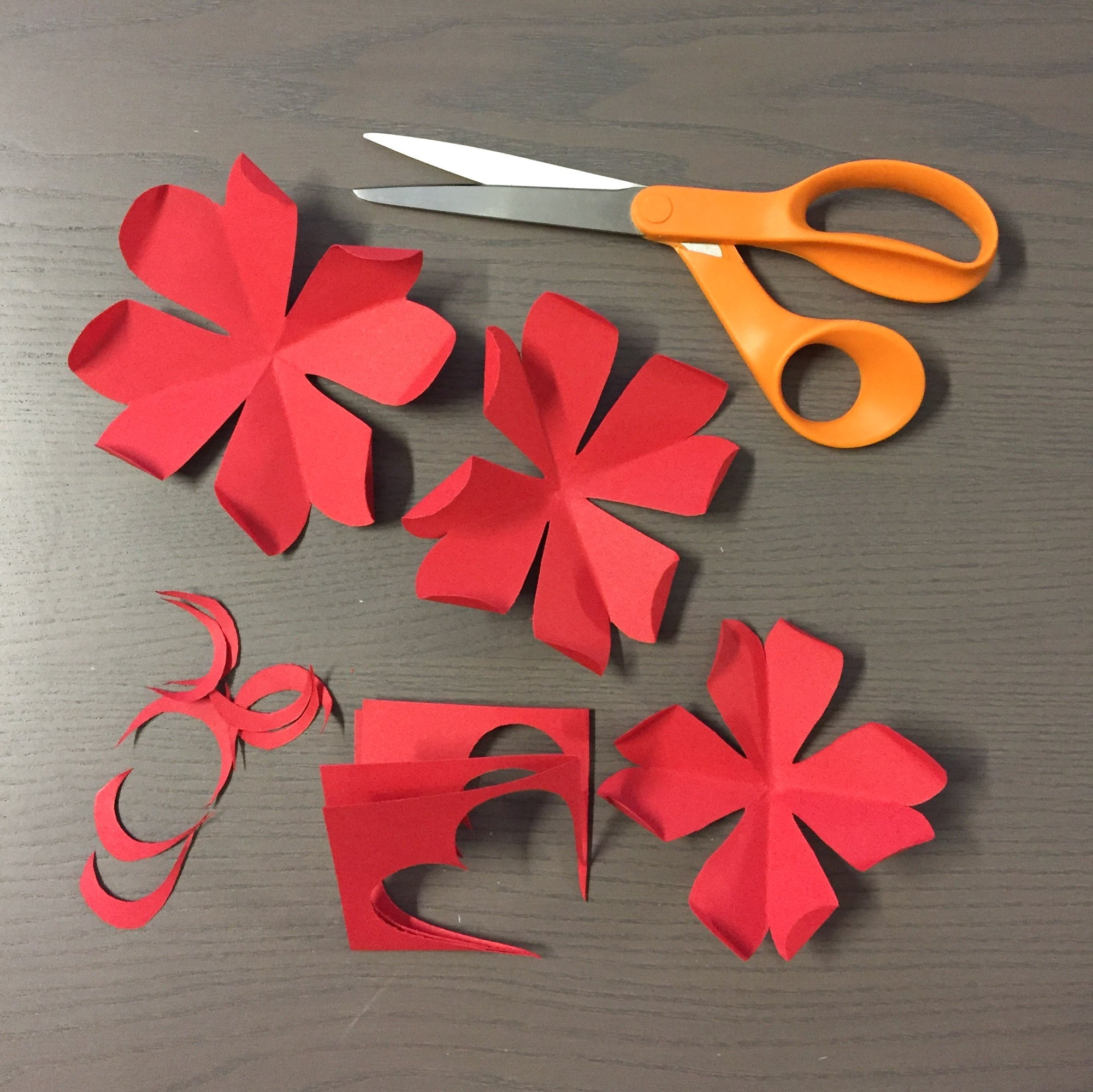 folding petals for paper flowers wreath
