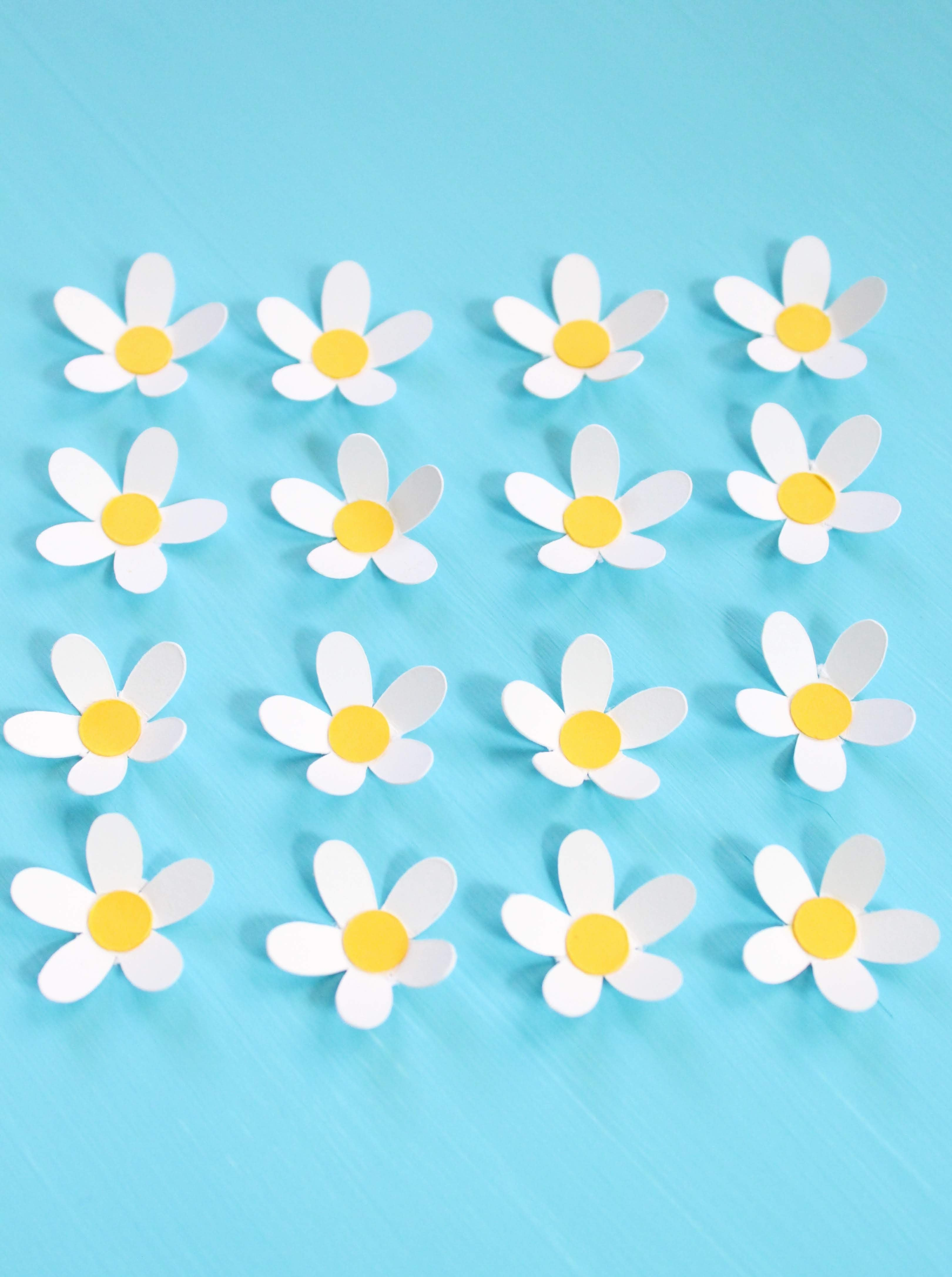 DIY 3D Cardstock Paper Daisy Letter Wall Decor