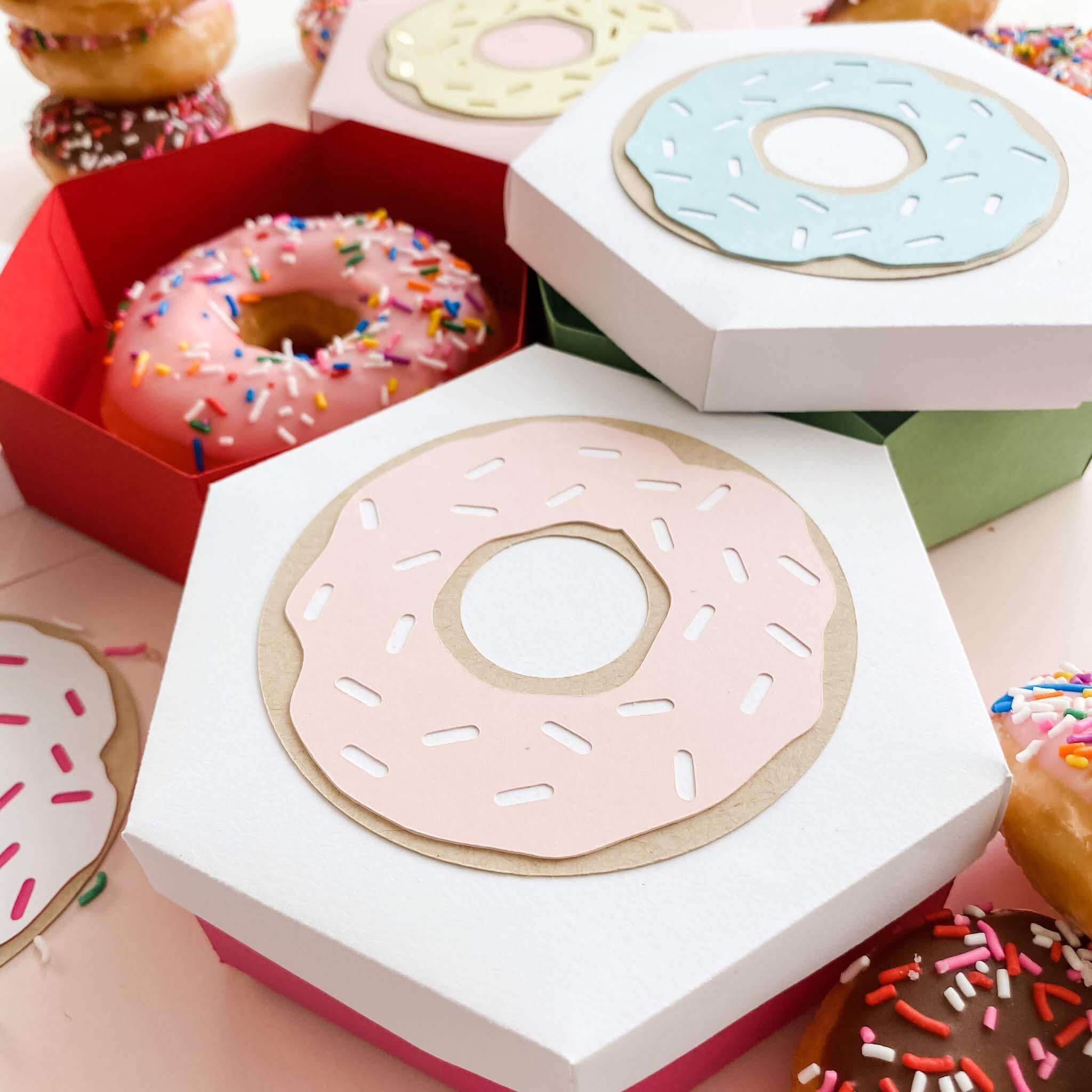 Cardstock Paper Donut Treat Box