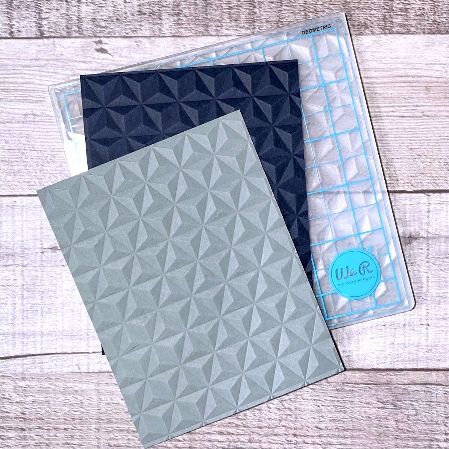 embossing background for heart wreath card