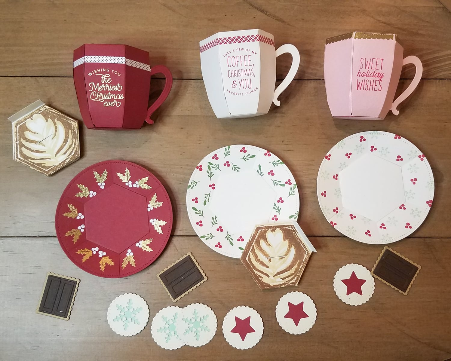 assembled pieces for 3d paper christmas mugs