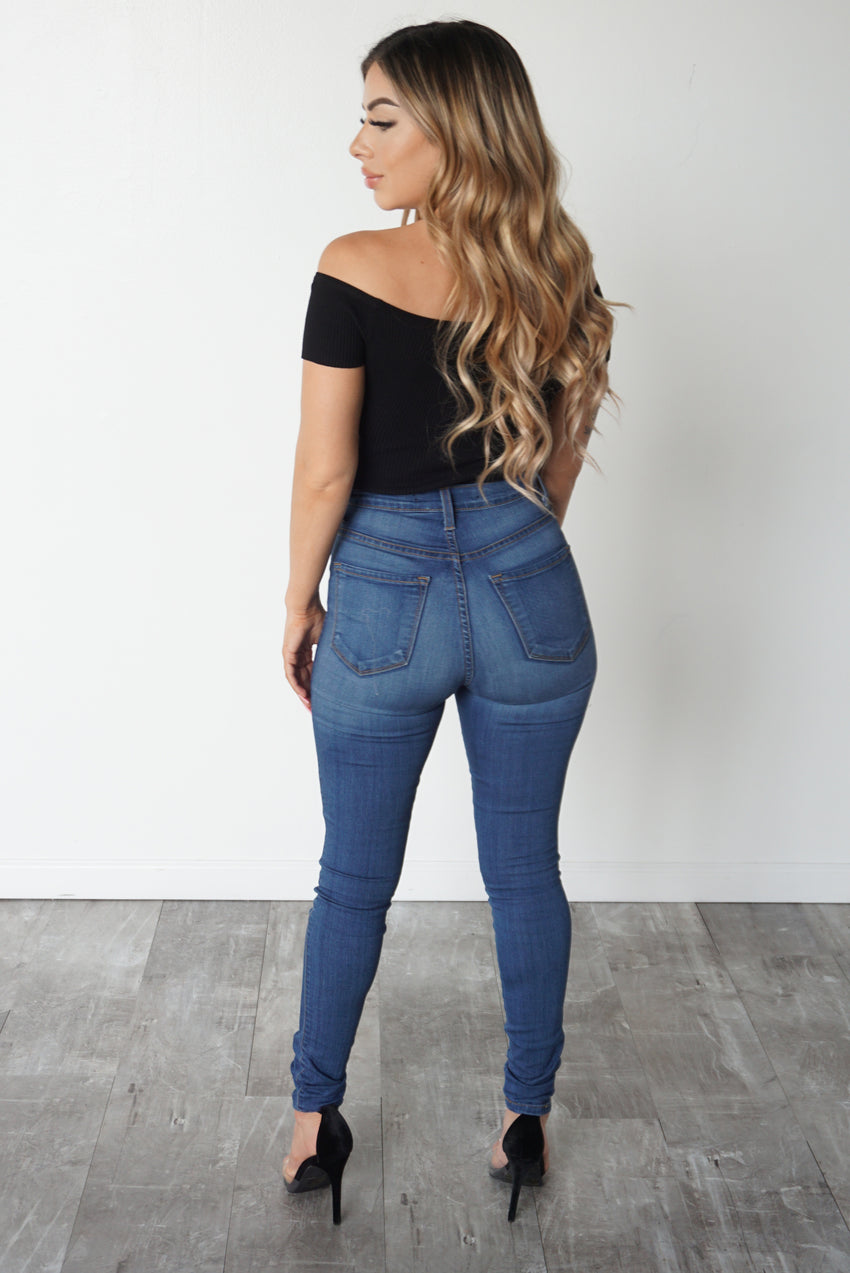 THE CLASSIC HIGH WAIST JEANS