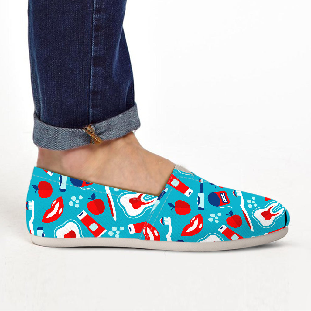 Dental Pattern Ladies Casuals