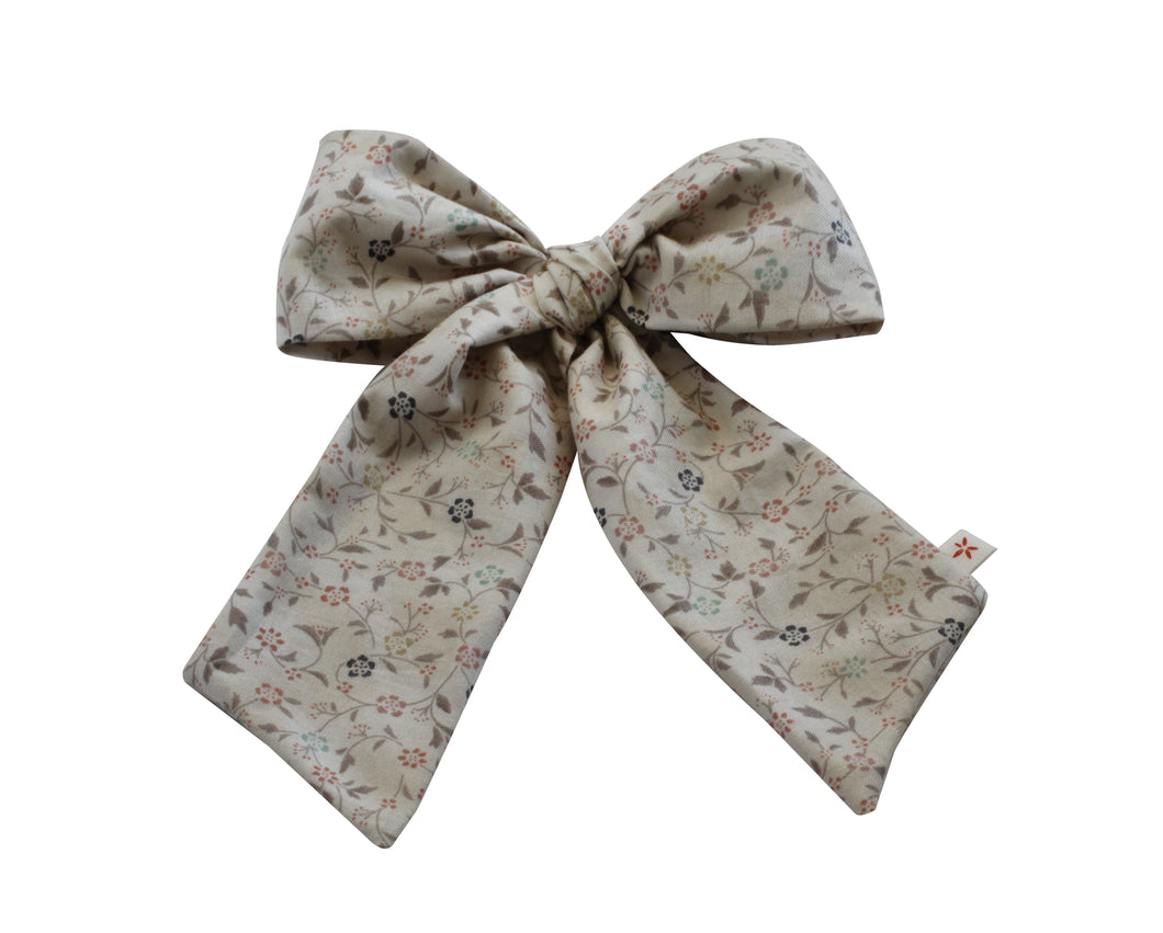 Signature Floral Small Oversized Bow
