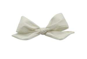 White Silk Taffeta Mini Bow Clip