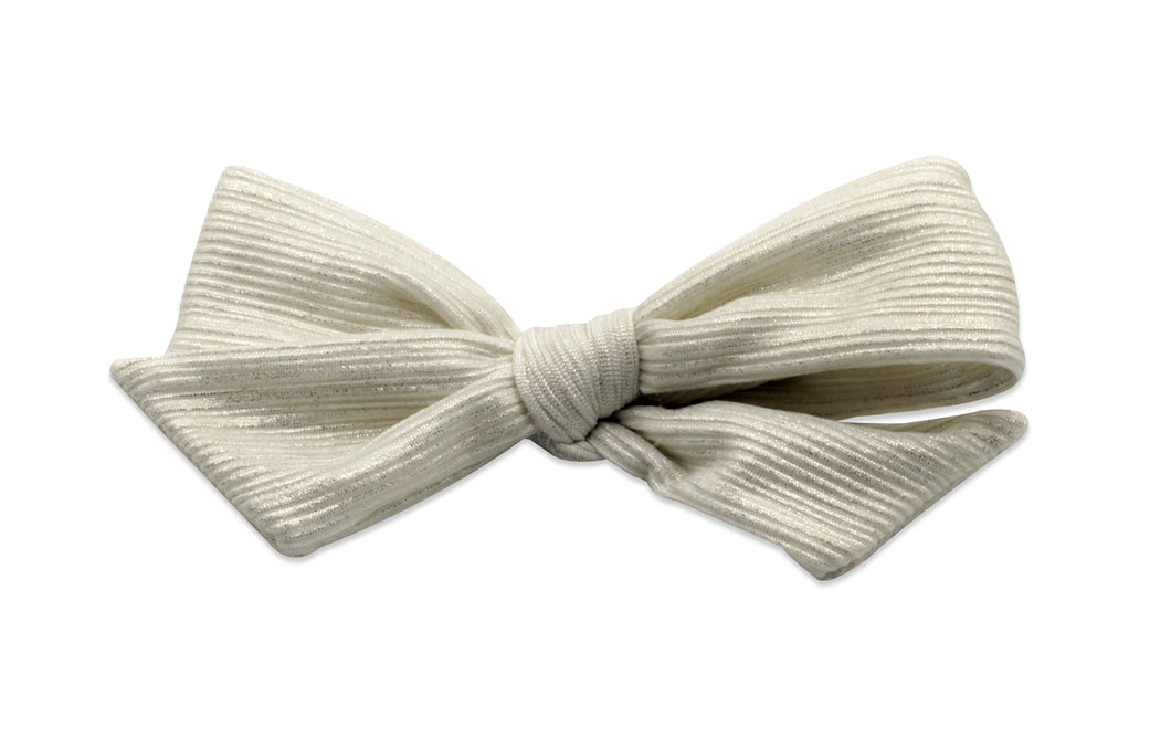 White Ribbed Pearlized Bow Clip