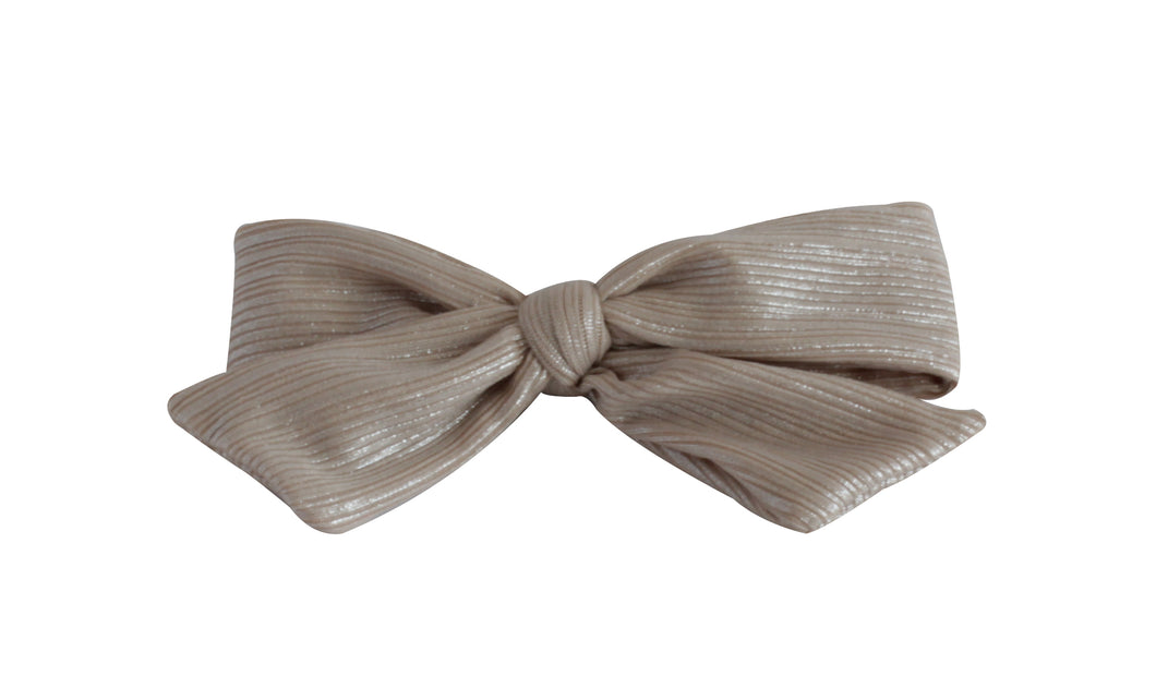 Nude Ribbed Pearlized Bow Clip