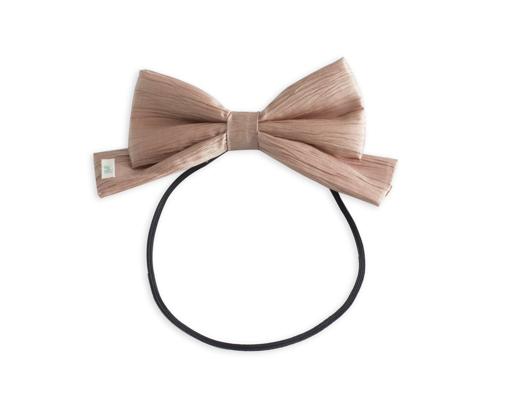 Crinkle Taupe/Pink Toddler Dolly Bow