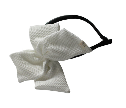 White Honeycomb Scuba Side Bow