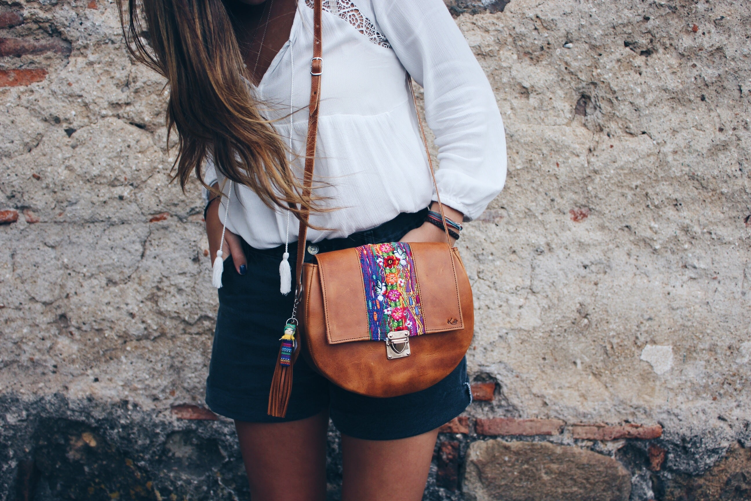 Round Cross Body Strap Bag